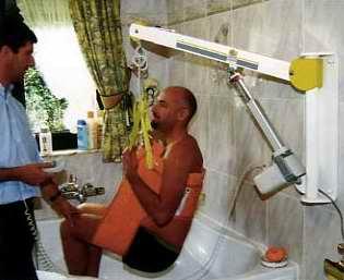 21514 Büchen / TK genehmigt 2015 Wandlifter für die Badewanne und 2018 Klapplifter für alle anderen Transfers